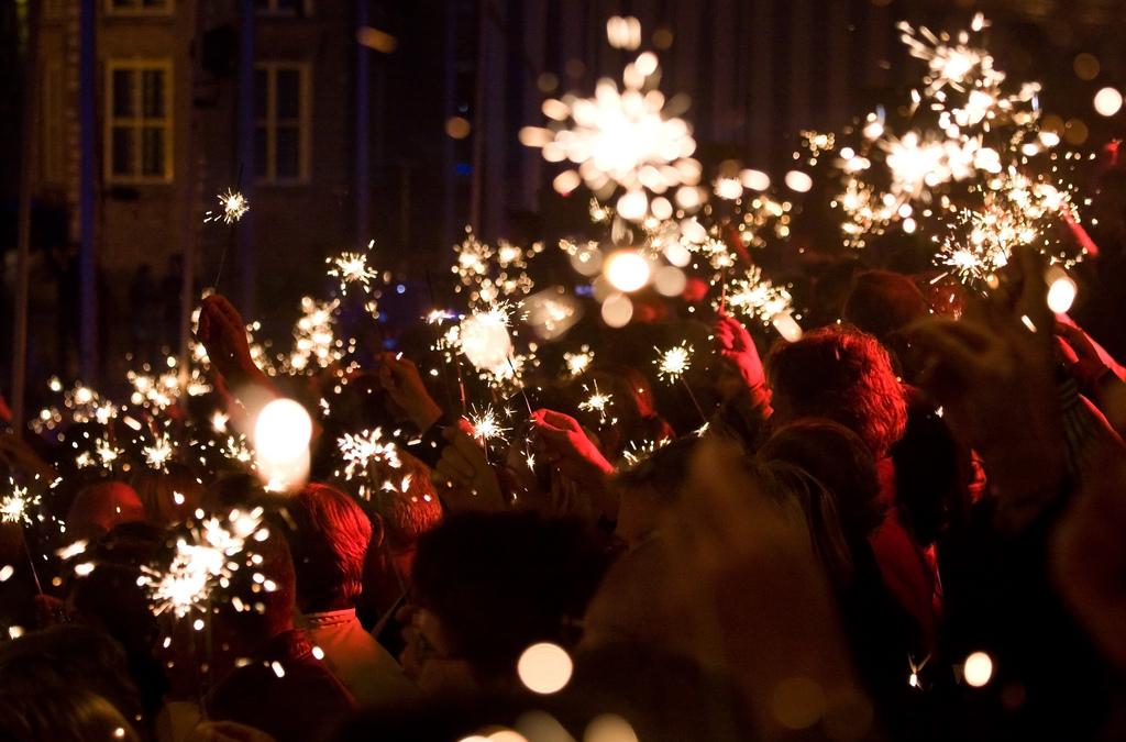 36 Inch Black Cat Sparklers